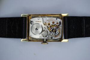 Longines rectangular 14k wrist watch interior