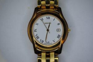 Gucci 5400 series wristwatch face