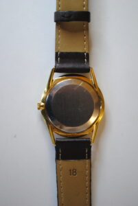 Rone gold plated manual wristwatch back