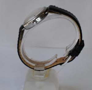Zenith manual stainless steel wrist watch side