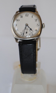 Zenith manual stainless steel wrist watch  front