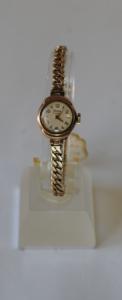 Timor Ladies 9ct gold wristwatch