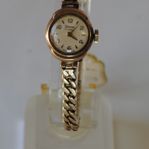 Timor Ladies 9ct gold wristwatch